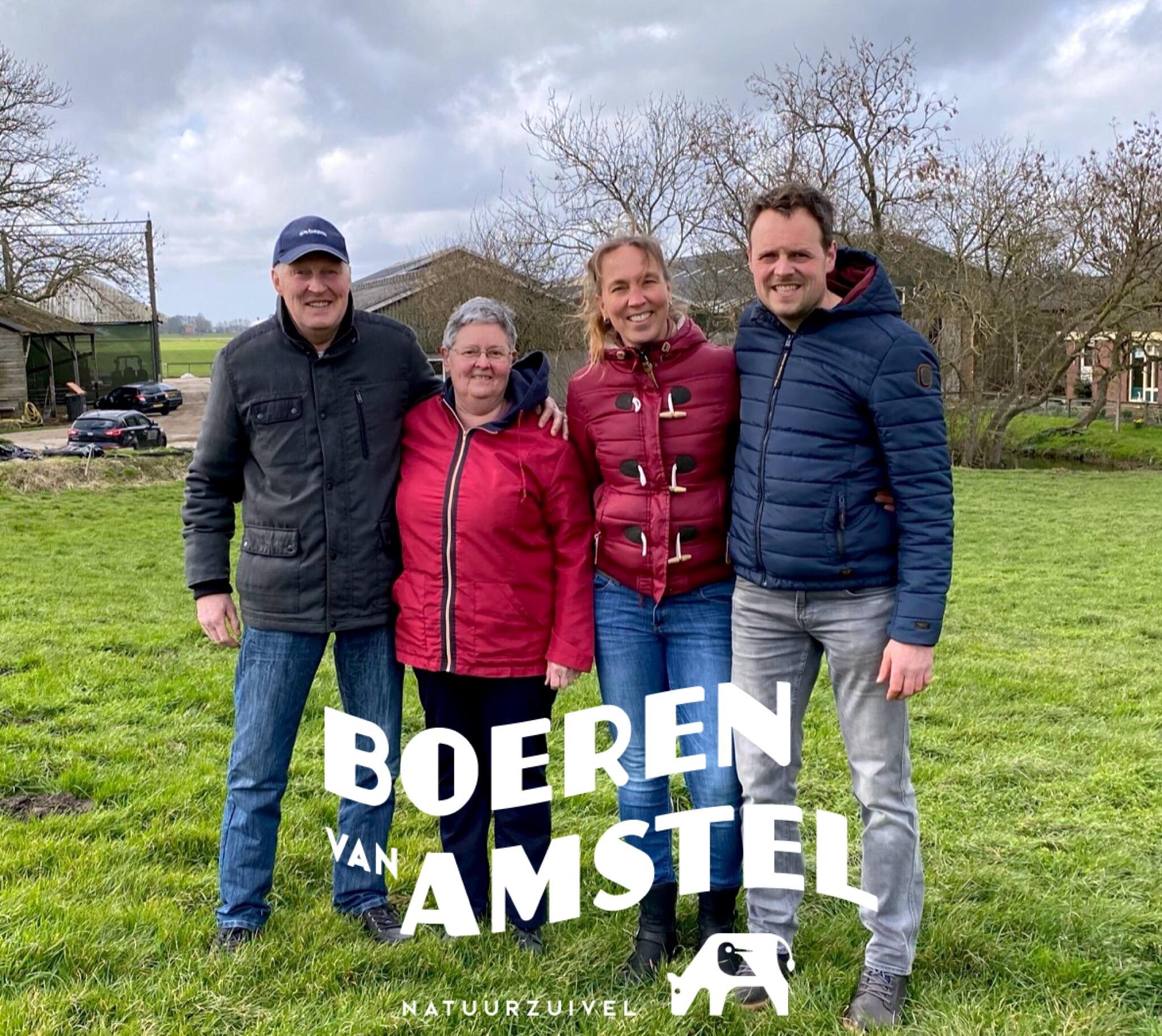 https://www.boerenvanamstel.nl/wp-content/uploads/2021/03/Foto-Van-Blaaderen.jpeg
